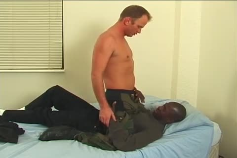 Two homosexuals enjoying All Tthis guy positions In Tthis guy bed