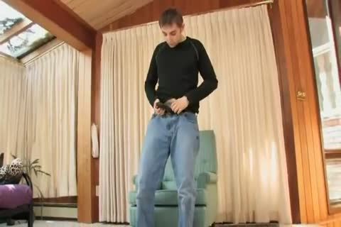 stunning aguyur gay twink Playing his sleazy youthful plowr In Solo