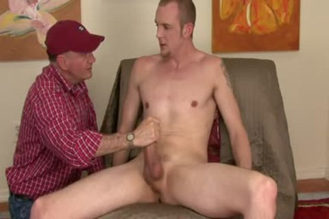 Tall Hung str8 Blond let's Me Touch hellom.