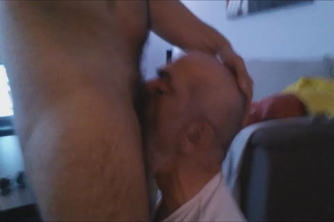 A First video Of The Great Deepthroating Session And Face banging With The giant dick Of @GrekoGay have a joy And Feel Free To Comment