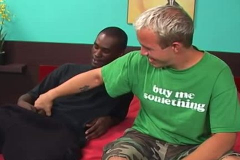A White lad Has His butthole Nailed By A black lad