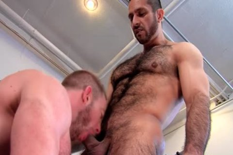 Well Hung Bear ejaculated On