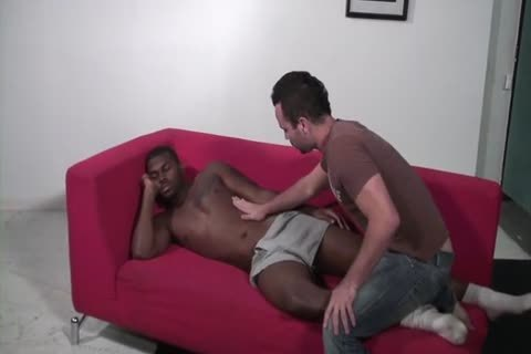 black guy pounds His White Roommate unprotected
