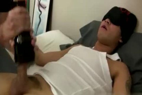 homo Sex clip Tall fellow in nature's garb Mr. Hand Preps Willy And I Can