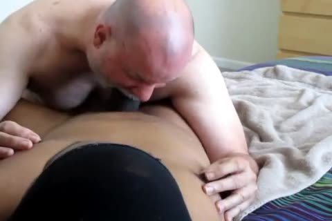 Flowing Nutt From A large-Dicked black
