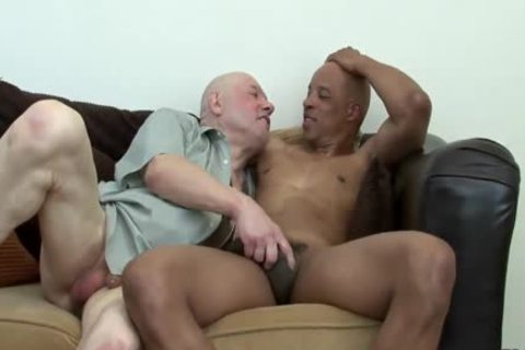 Daddy gets drilled By black Hunk