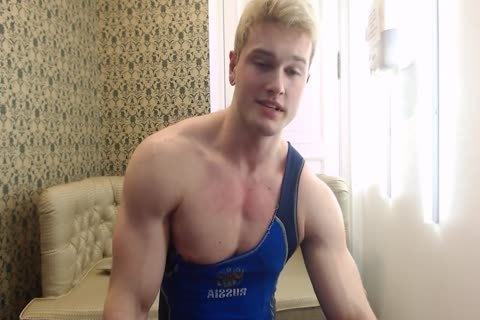 juicy young Russian Muscle Hunk