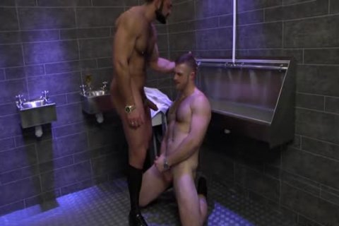 Rogan Richards bangs Paul Wagner