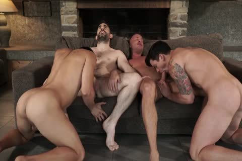 Two Daddies plow Younger couple unprotected