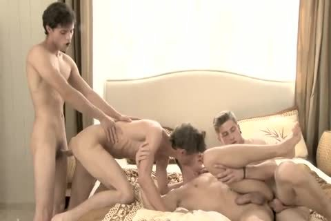 4 twinks Sex In bed