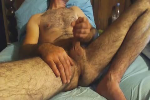 hairy daddy man Grabs His 10-Pounder And Wanks