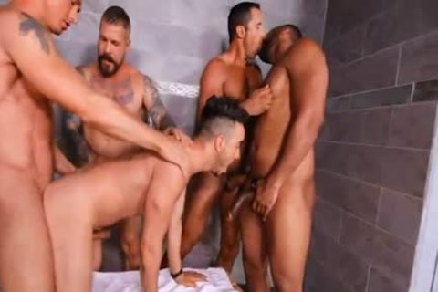 Circle Jerk Turns To Guard group gangbang