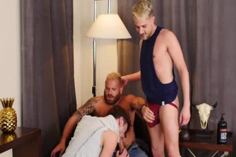 [unprotected That Gap] Drew Dixon, Sherman Maus & Riley Mitchel (720p).mp4