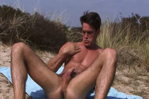JAY BEACH jerk off