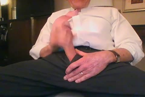 large Dicked daddy jerking off 001