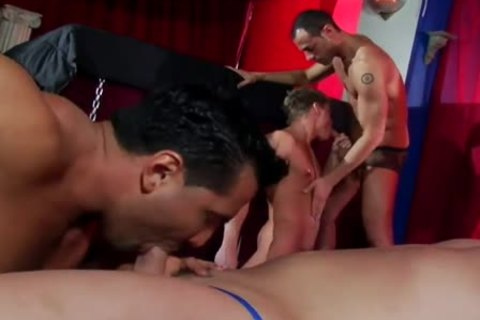 Bar Trade - Rafael Alencar Bottoming