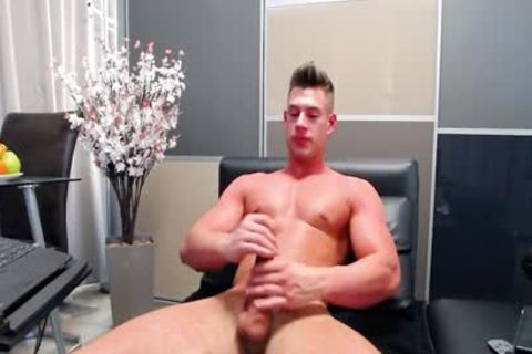 Aiden Kay On Flirt4Free - muscular Blue Eyed cam man Strokes His biggest cock