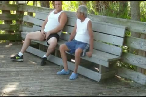 outdoors Scenes Where grandpa Sucks & acquires pounded By overweight