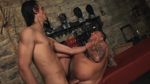 wazoo Trainer - dom Ully and Peter Uman anal sex