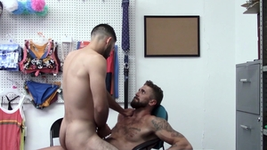 YoungPerps: Officer Wesley Woods likes rough nailing