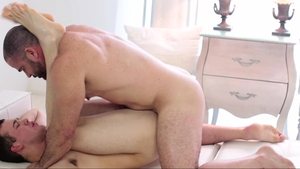 MissionaryBoys.com: Bear Elder Foster first time pounding