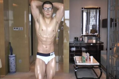 whore Chinese Swimmer Yong jerking off And sperm