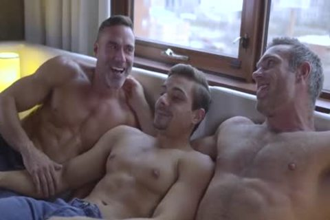 Muscle dudes Fuking lusty