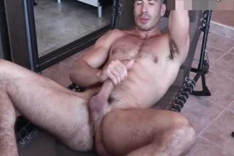 sweet Body Builder Hunk Toying wazoo On cam