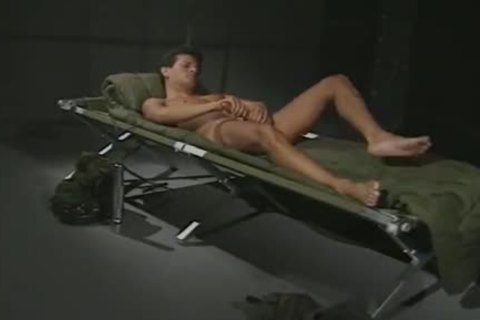 Hung Army dude Jerking And Cumming