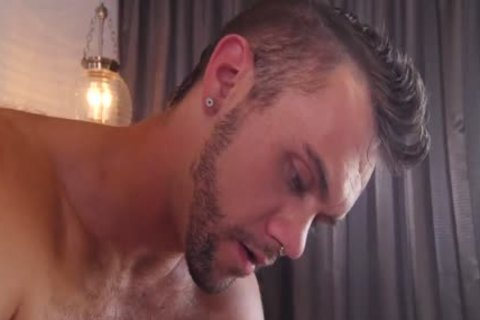 GayRoom Hunks Massage Numerous large dongs