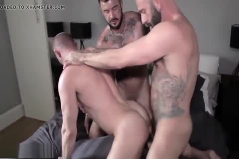 SexyStuds Kiss N FuckedDp threesome