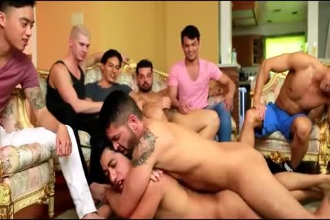 Daddy Nails His lad In Front Of Everyone
