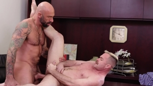 IconMale.com: Couple Trent Atkins rushes handjob