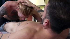 MenOver30: Amateur Bennett Anthony rough threesome