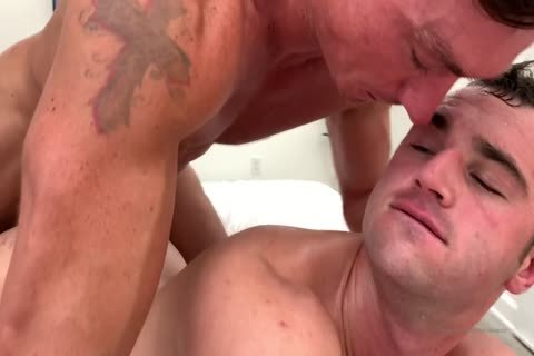 yummy homo nail With Muscled Hunks At Home