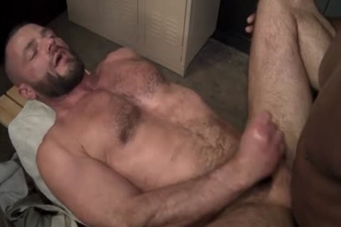 Jake Morgan & Aaron Trainer - My Trainers monstrous weenie