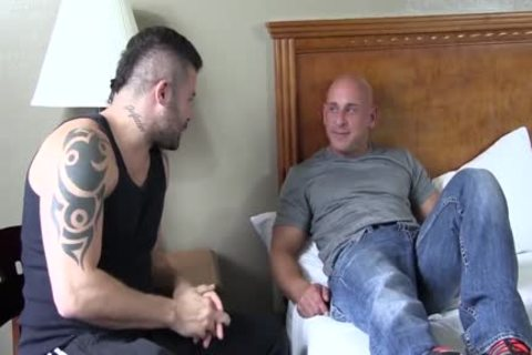 Stocky Muscle Bald wank And Play With sex tools