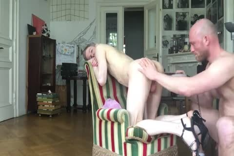 love tunnel IS ALWAYS HUNGRY FOR raw cock