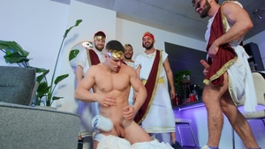 Str8toGay.com: Tugged next to muscle twink boy James Fox